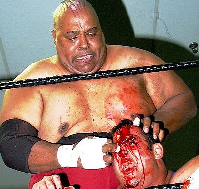 [Abdullah the Butcher against Andy Ellison courtesy Marty555]